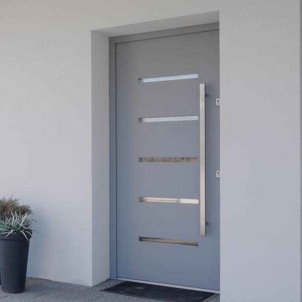 Betétes bejárati ajtó